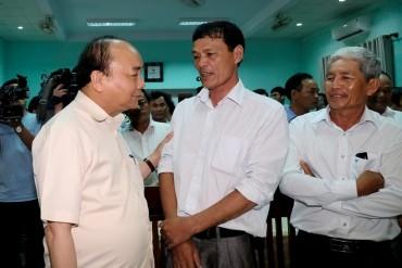 Thủ tướng làm việc tại các tỉnh miền Trung về khắc phục sự cố môi trường biển