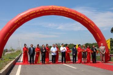 Phó Thủ tướng Trịnh Đình Dũng dự lễ khánh thành cầu Cao Lãnh