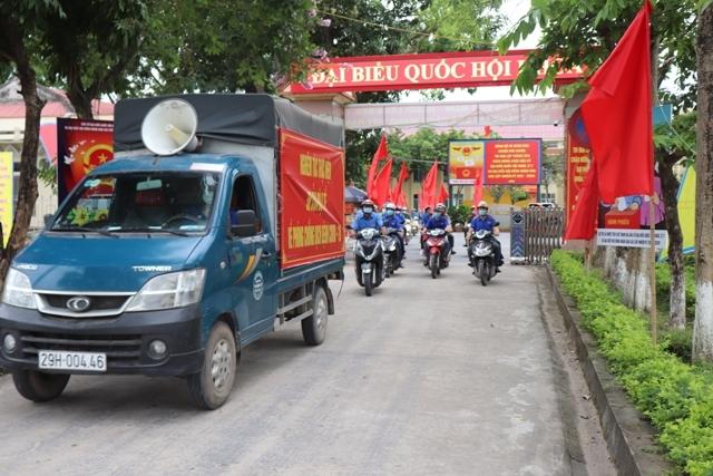 Huyện Phú Xuyên: Tuyên truyền lưu động về bầu cử, phòng, chống dịch Covid-19