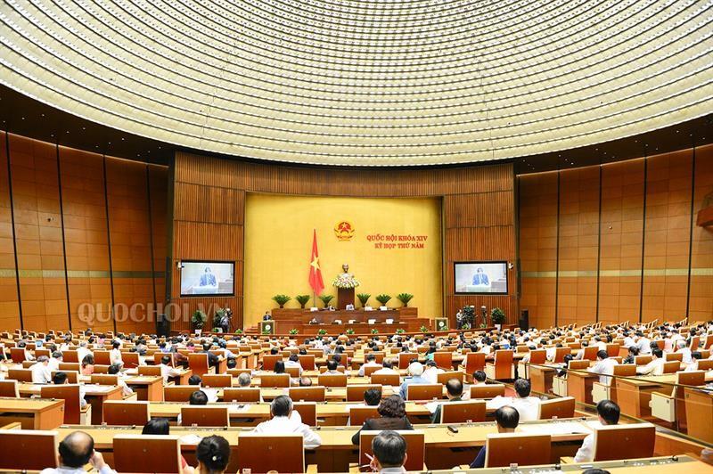 Quốc hội thông qua Luật Đo đạc và bản đồ