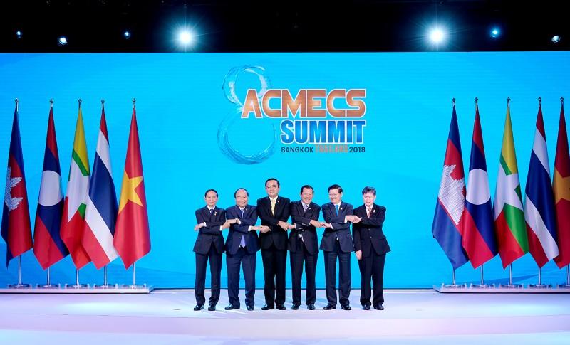 Thủ tướng kết thúc tốt đẹp chuyến tham dự Hội nghị Cấp cao ACMES lần thứ 8