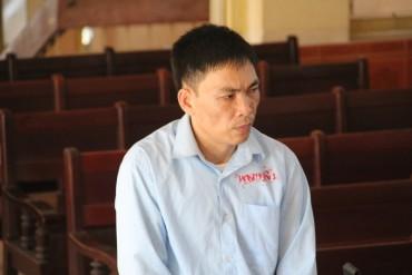 """Lĩnh án 9 năm tù vì """"tống tiền"""" người khác"""