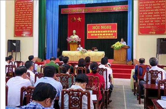 Phó Thủ tướng Phạm Bình Minh tiếp xúc cử tri tỉnh Thái Nguyên