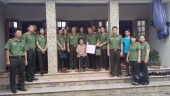 Thăm, tặng quà Mẹ Việt Nam Anh hùng huyện Phú Xuyên
