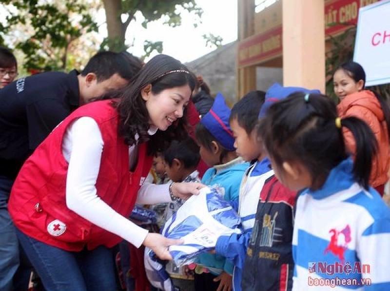Nâng cao hiệu quả công tác nhân đạo và chữ thập đỏ