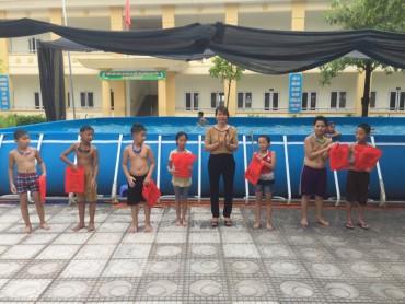 Tổng kết lớp 'Phổ cập bơi phòng chống tai nạn sông nước cho trẻ em'
