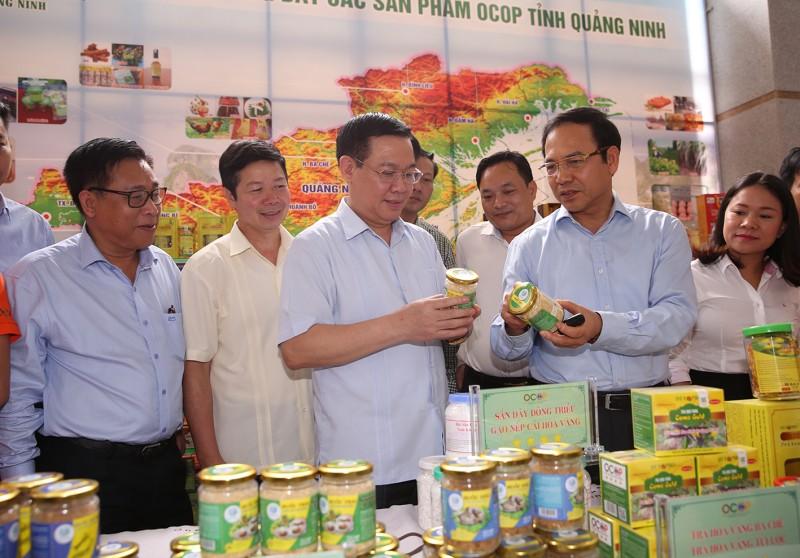 Tác động mạnh mẽ tới dịch vụ nông nghiệp