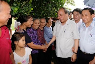 Thủ tướng Nguyễn Xuân Phúc thăm mô hình nông thôn mới tại Hà Tĩnh
