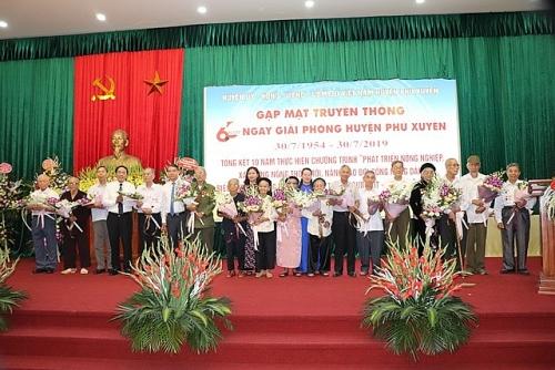 Huyện Phú Xuyên tổ chức gặp măt truyền thống 65 năm ngày giải phóng