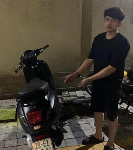 Vết trượt của nam sinh viên khi trộm cắp xe máy