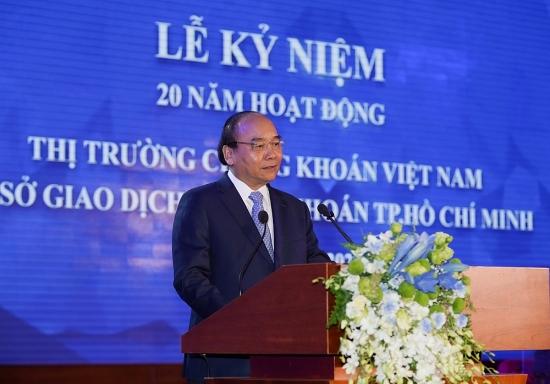 Thủ tướng Nguyễn Xuân Phúc: Thị trường chứng khoán non trẻ kiên cường vượt qua mọi thử thách