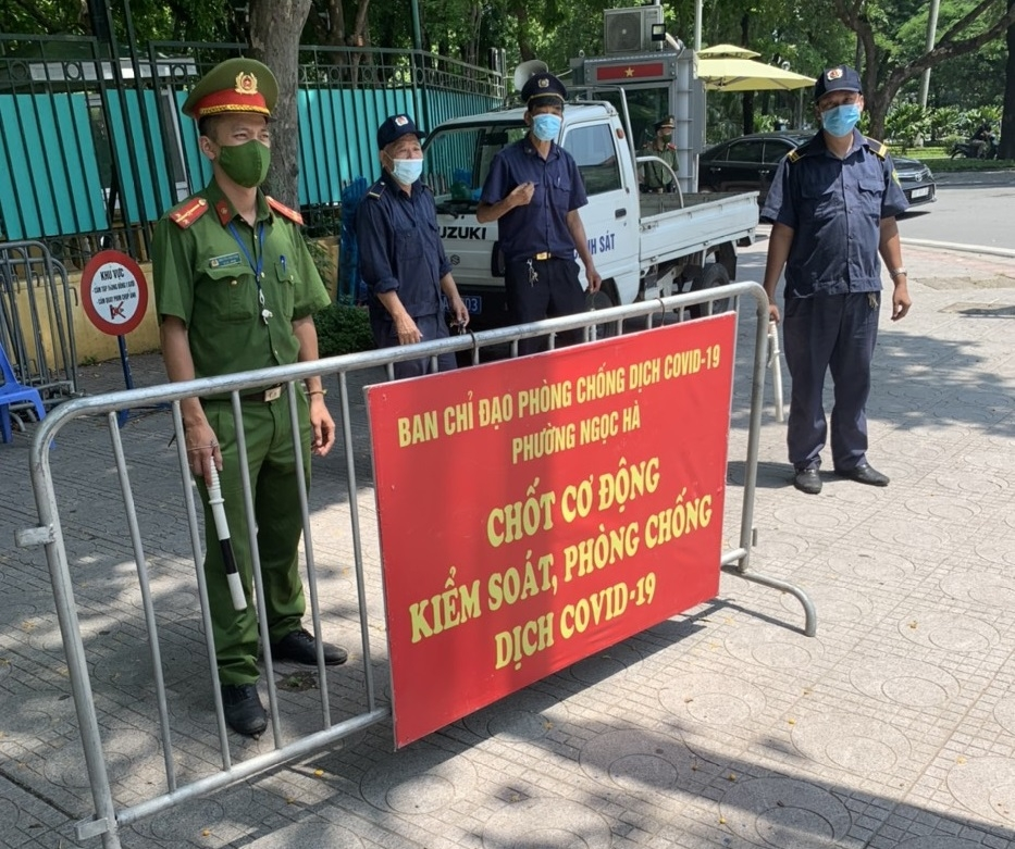 Quận Ba Đình lập các chốt phòng, chống dịch Covid-19