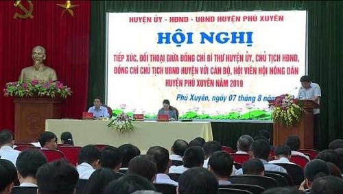 Thường trực Huyện ủy Phú Xuyên đối thoại hội viên nông dân