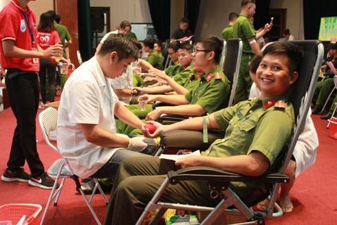 Công an TP Hà Nội tổ chức chương trình hiến máu tình nguyện