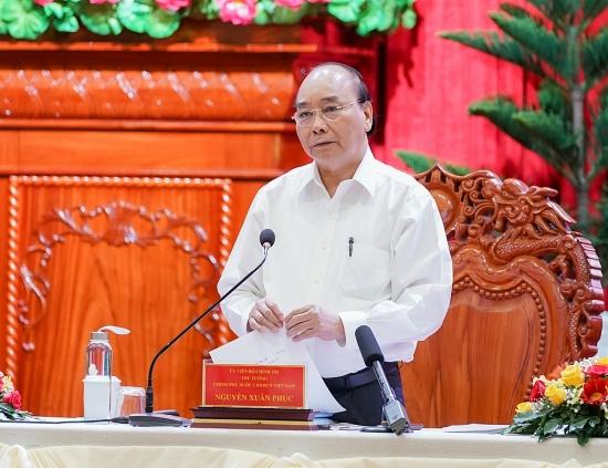 Thủ tướng làm việc với lãnh đạo các địa phương vùng Đồng bằng sông Cửu Long