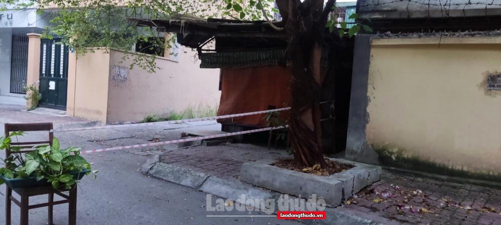 Những chốt chặn Covid-19 độc đáo ở Thủ đô