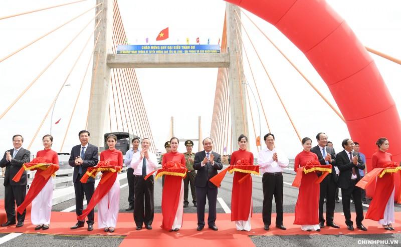 Thủ tướng dự lễ khánh thành cao tốc Hạ Long - Hải Phòng