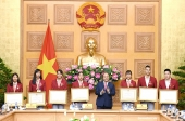 Đoàn thể thao Việt Nam thể hiện tinh thần đoàn kết, lòng tự hào dân tộc