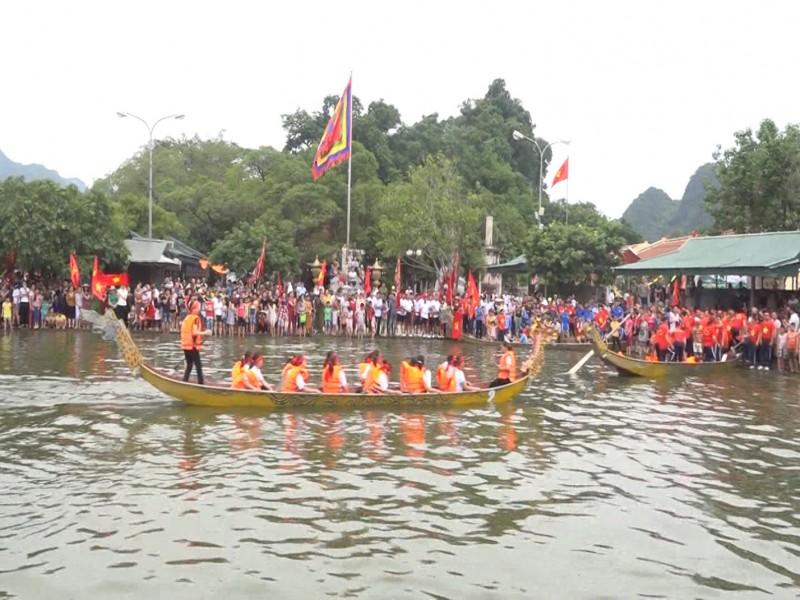 Độc đáo lễ hội bơi chải huyện Mỹ Đức