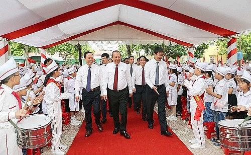 Phó Thủ tướng Thường trực dự lễ khai giảng tại Thanh Hóa