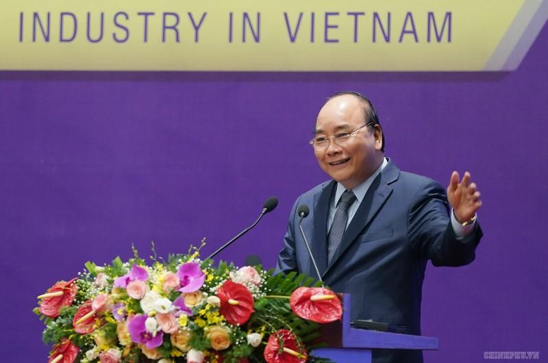 Thủ tướng Nguyễn Xuân Phúc: Xây dựng ngành cơ khí ngang tầm các nước trong khu vực