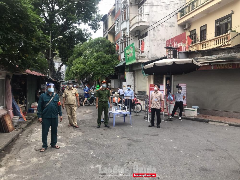 Ngăn chặn mầm dịch từ chợ dân sinh: Góc nhìn từ cách sắp xếp lại chợ Nam Đồng