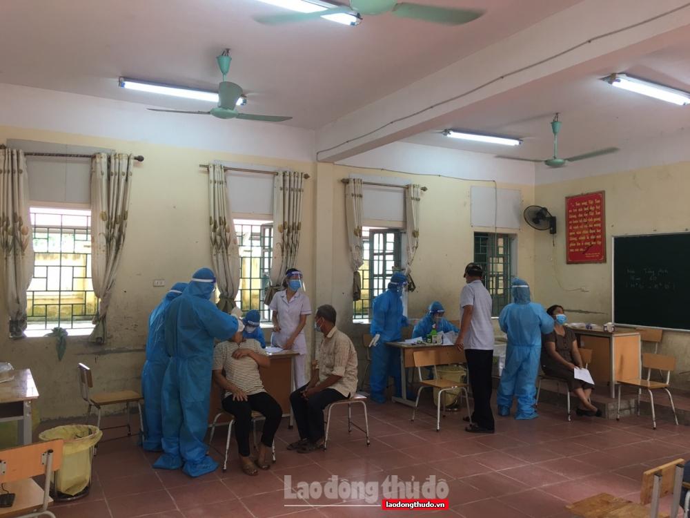 Huyện Mỹ Đức hoàn thành xuất sắc việc xét nghiệm diện rộng, tiêm vắc xin phòng Covid-19