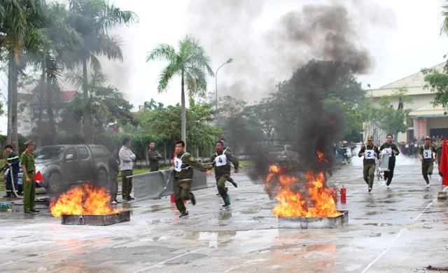 Phú Xuyên tổ chức Hội thao nghiệp vụ PCCC