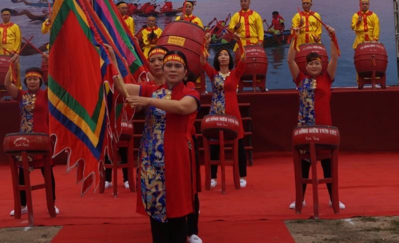 Tạo điều kiện để nhân dân tổ chức các hoạt động văn hóa, thể thao
