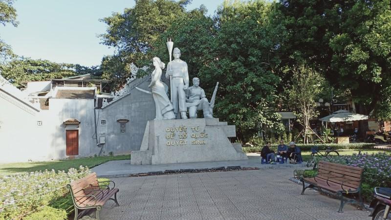 Tượng đài ở Hà Nội: Nhắc về lịch sử oai hùng của dân tộc