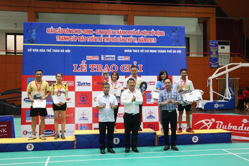 Giải Cầu lông Học sinh – Sinh viên thành phố Hà Nội tranh Cúp báo Tuổi trẻ Thủ đô
