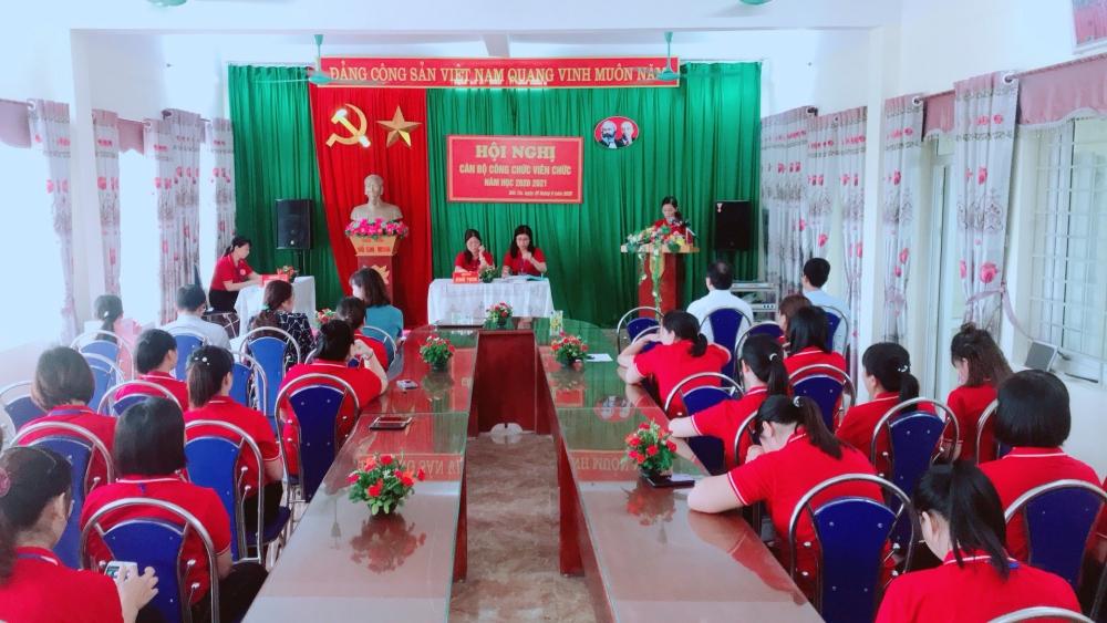 Trường Mầm non Đốc Tín: Tổ chức thành công Hội nghị Cán bộ công chức viên chức