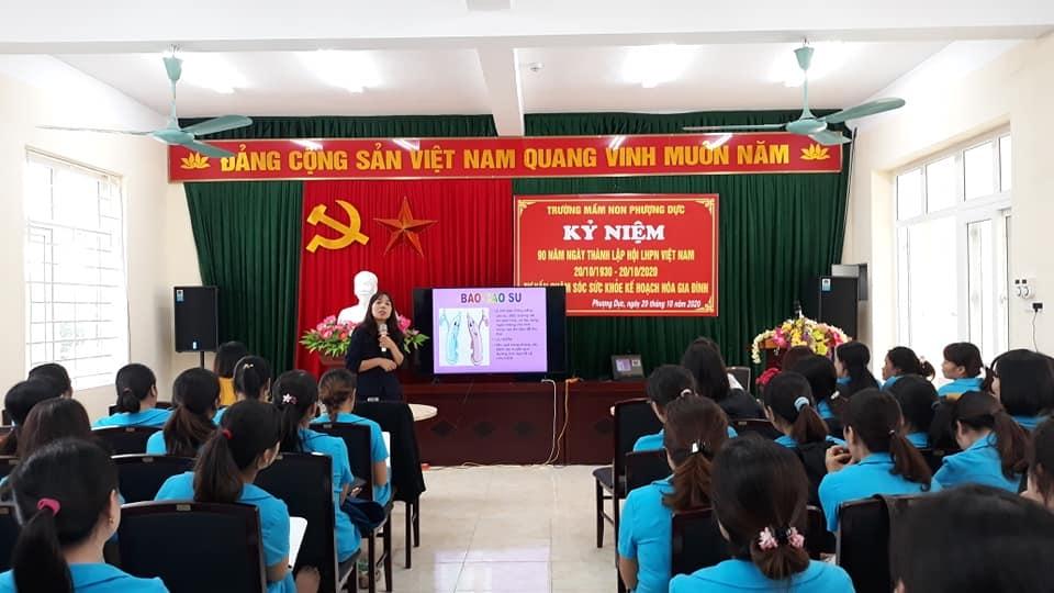 Công đoàn trường Mầm non Phượng Dực: Nhiều hoạt động chào mừng ngày Phụ nữ Việt Nam