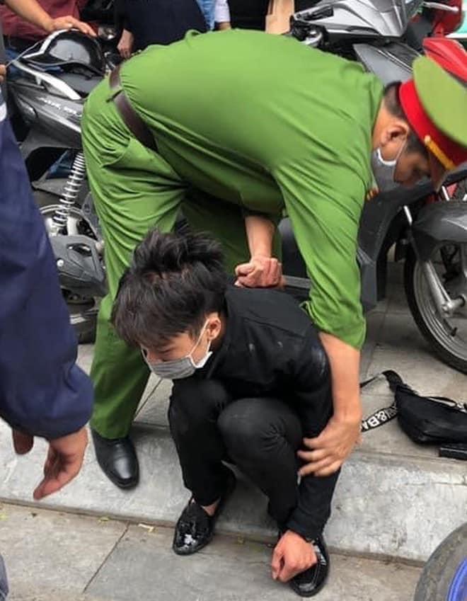 Bắt đối tượng cướp tiệm vàng trên phố Tôn Đức Thắng