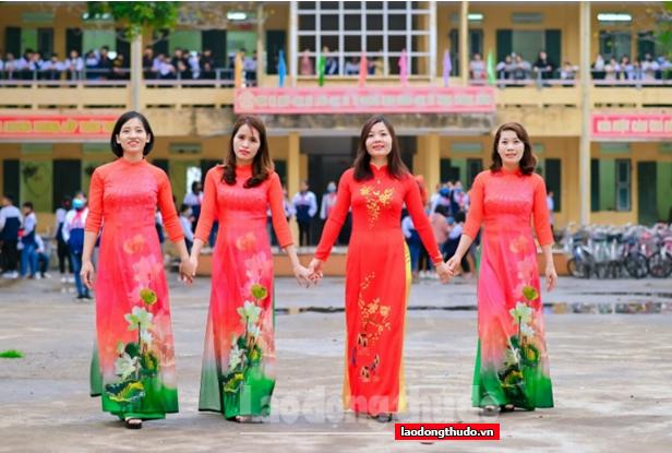 Trường THCS Lê Thanh: Chú trọng chăm lo cho cán bộ giáo viên