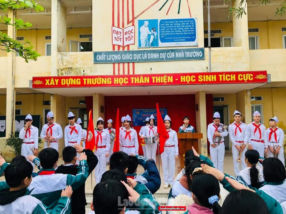 Phát huy vai trò của tổ chức Công đoàn nhìn từ một trường trung học cơ sở