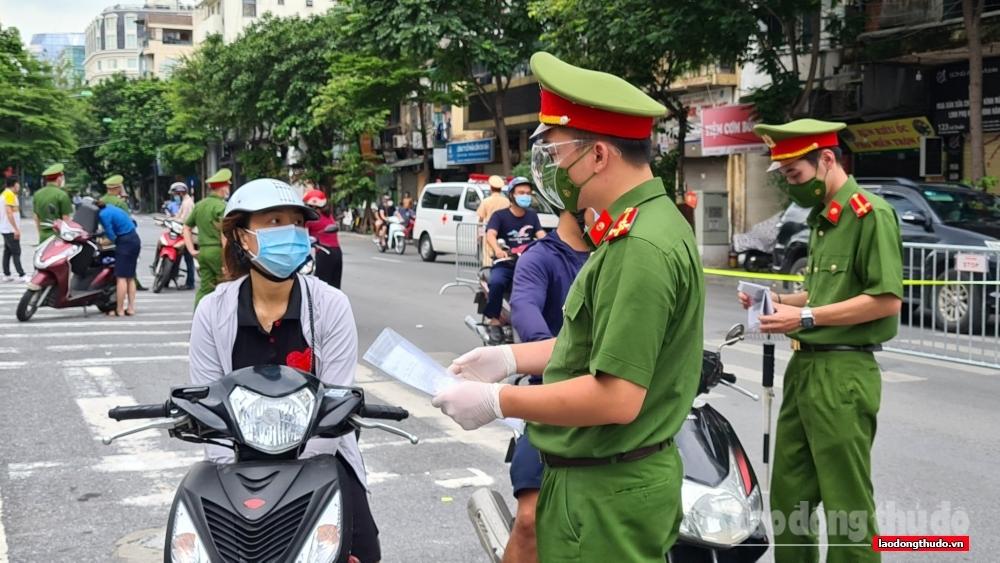 """Công an thành phố Hà Nội thực hiện tốt """"nhiệm vụ kép"""""""