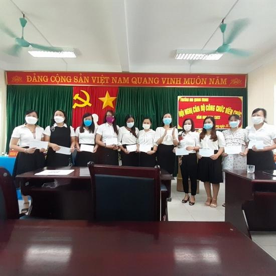 Trường Mầm non Quang Trung tổ chức Hội nghị cán bộ, công chức, viên chức