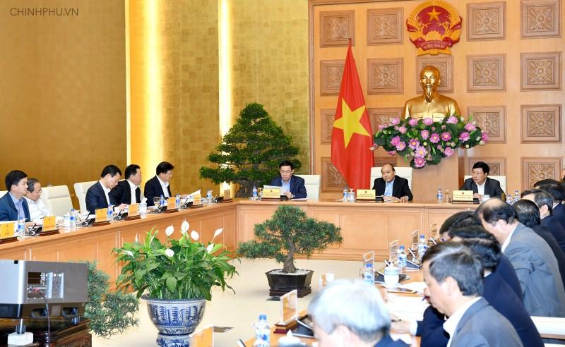 Thủ tướng Nguyễn Xuân Phúc: Lưu ý việc kiểm soát lạm phát
