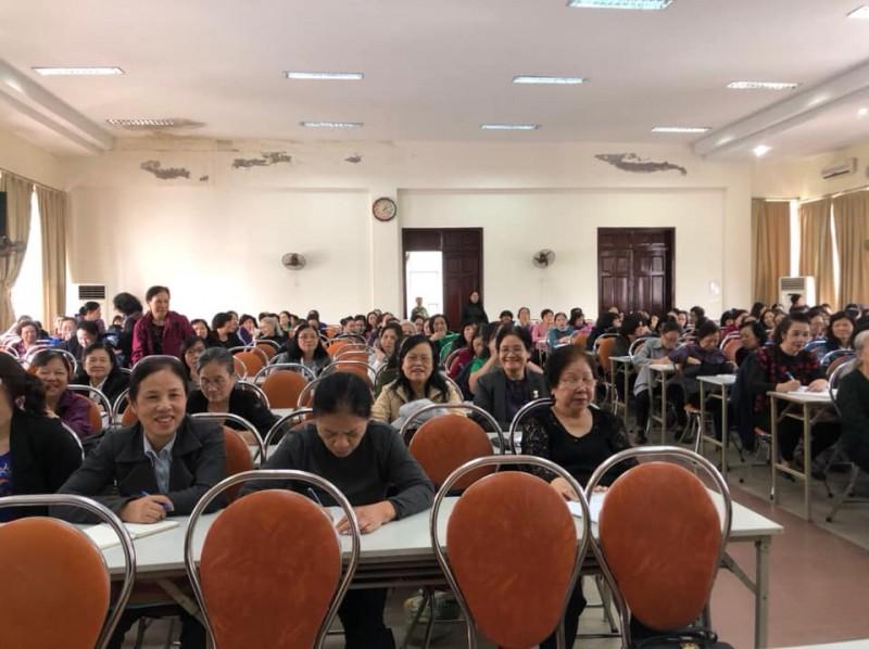 Hội Liên hiệp phụ nữ quận Đống Đa tổ chức tập huấn cho cán bộ cơ sở