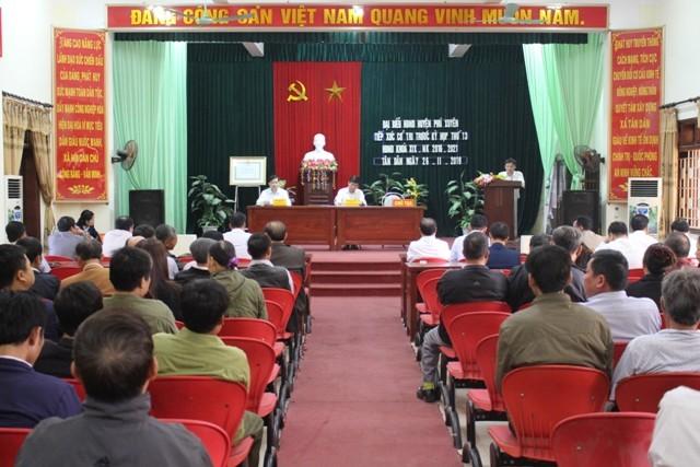 Đại biểu Hội đồng nhân dân huyện Phú Xuyên tiếp xúc cử tri