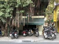 Nhiều quán Aha cà phê kinh doanh lấn chiếm vỉa hè, lòng đường