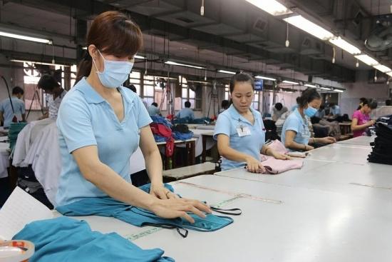 Quy định mới về chăm sóc sức khỏe đối với lao động nữ