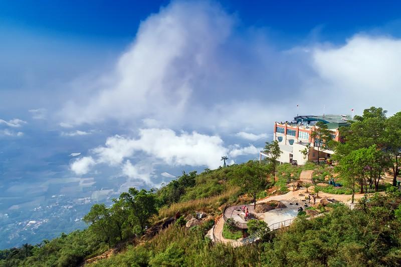 Những điều ít biết về những ngôi chùa nổi tiếng nhất đỉnh núi Bà Đen