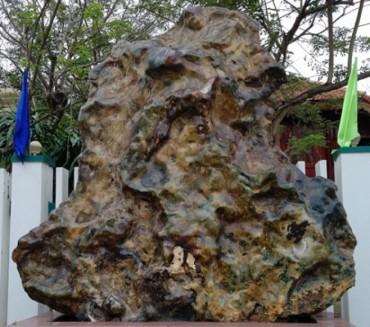 Đại gia Quảng Nam sở hữu nhà sản cổ 200 tuổi và tảng đá quý 14 tấn