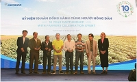 Đồng hành cùng nông dân xây dựng nông nghiệp bền vững