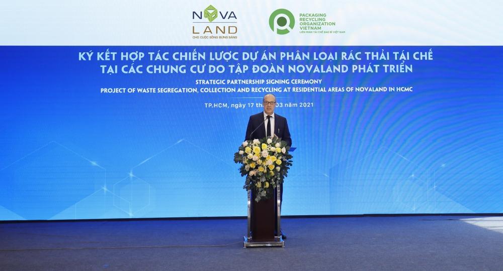 Novaland hợp tác chiến lược với PRO Việt Nam trong phân loại, thu gom rác thải tái chế tại nguồn