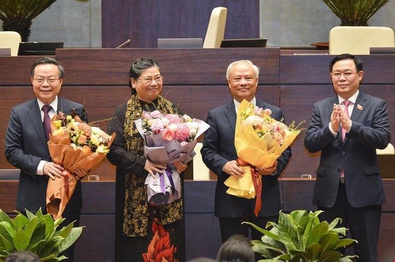 Chính thức miễn nhiệm 3 Phó Chủ tịch Quốc hội