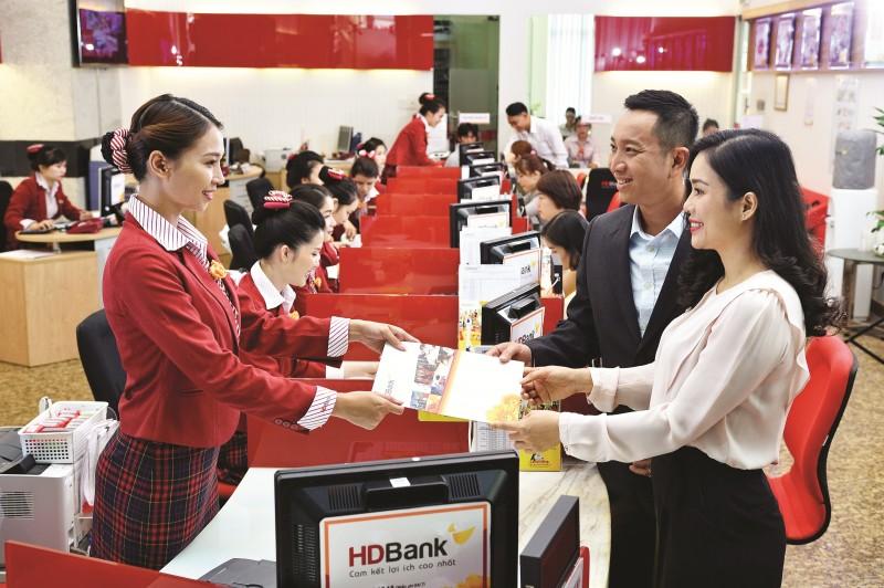 HDBank giảm sâu lãi suất vay đến 4,5%, hỗ trợ khách hàng vượt khó