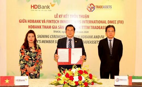 HDBank tiên phong ứng dụng công nghệ số hóa trong hoạt động ngân hàng đại lý
